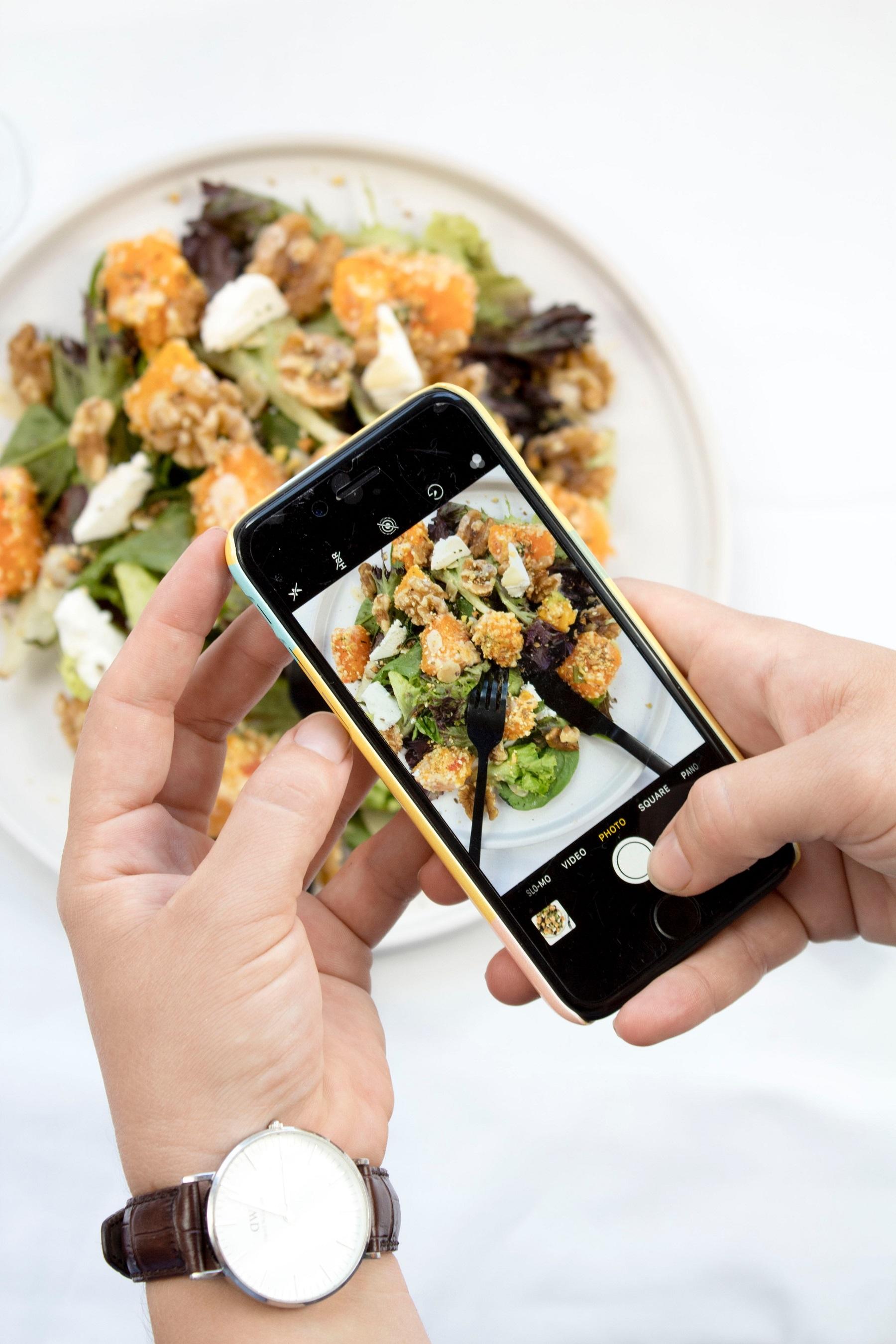 картинки фотографируют еду или вытяжка позвоночника